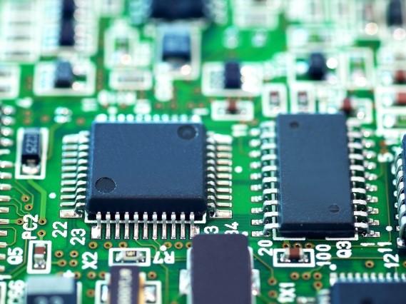 精密機器メーカー向け、インバータコントローラ用基板実装