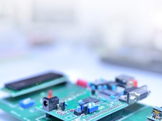 産業機器メーカー向け、暖房設備用モジュール基板実装