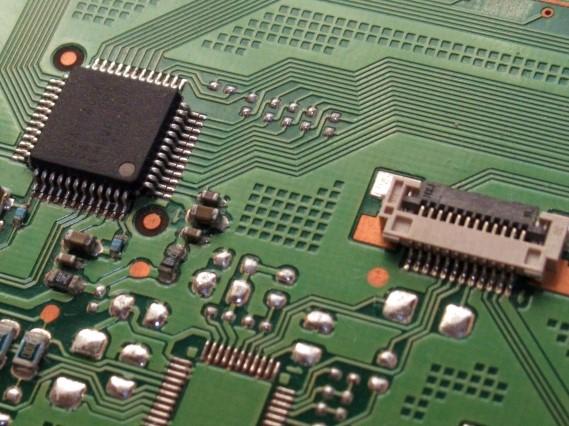 電機メーカー向け、インバータ用制御基板実装