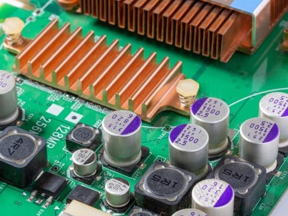 FA機器メーカー向け、マルチビームセンサ用基板実装、完成品組立