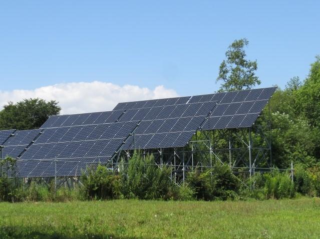 精密機器メーカー向け、太陽光追尾式架台の制御基板実装、ユニット品組立