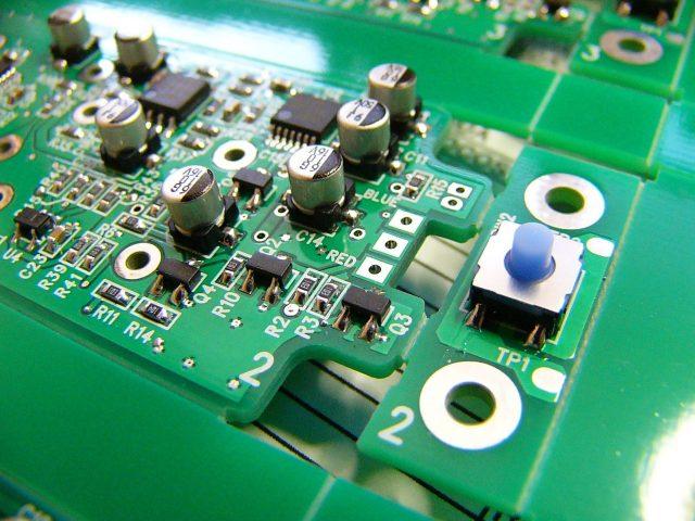 医療機器メーカー向け、レーザーポインター用基板実装